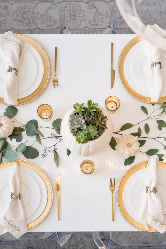 Thanksgiving Tablescape and Outfit Idea
