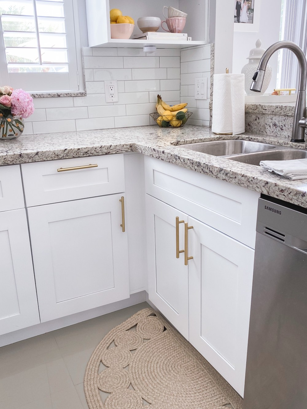 White and Gold Kitchen DIY