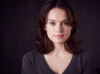 star-wars-episode-7-who-is-daisy-ridley-s-rey-daisy-ridley-stars-as-rey-in-star-wars-7-326699