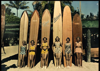 longboard-surfing