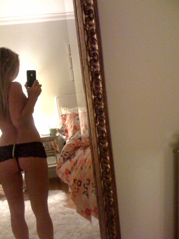 Becca Tobin Naked 8 Photos  TheFappening