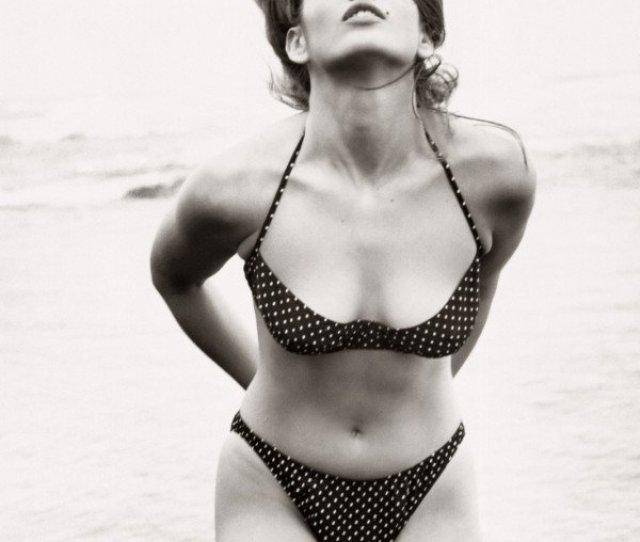 Cindy Crawford Naked 03