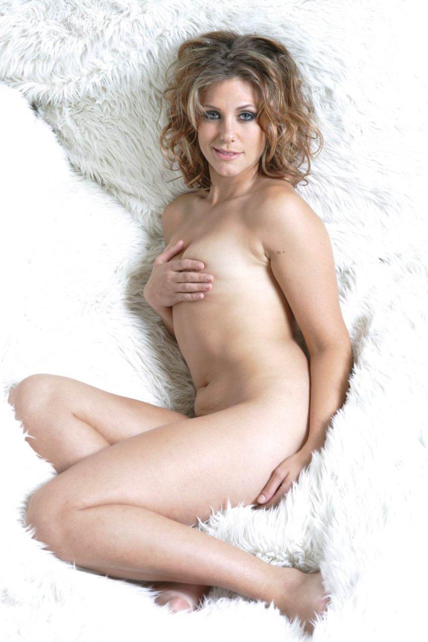 nackt Morasca Jenna Naked Survivors: