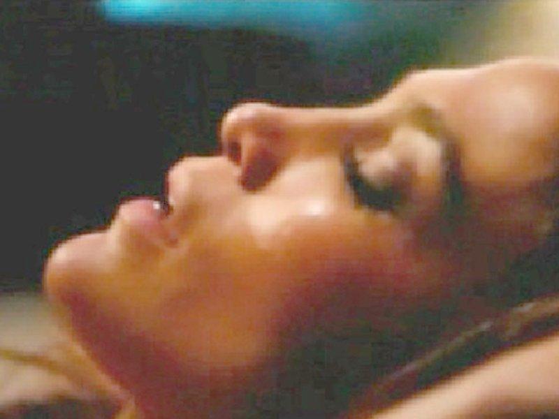 Jennifer Lopez Topless 11