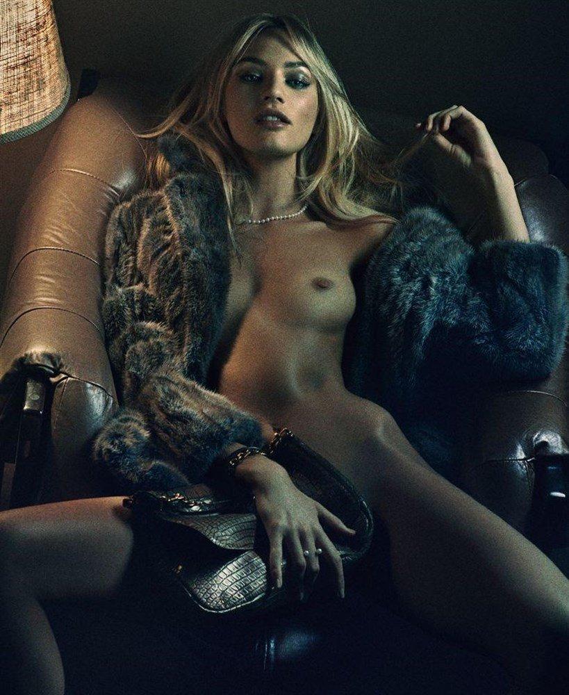 Candice Swanepoel Naked 44