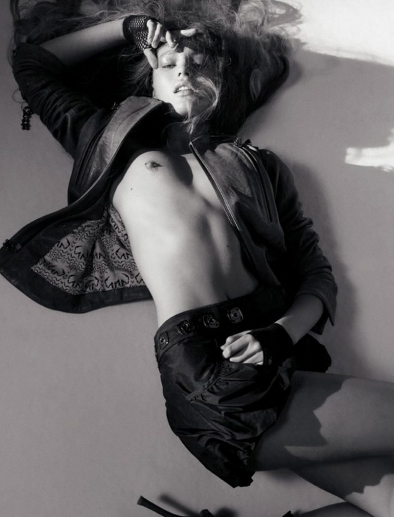 Candice Swanepoel Naked 59