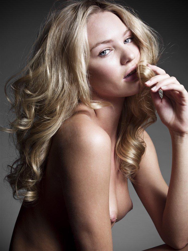 Candice Swanepoel Naked 65