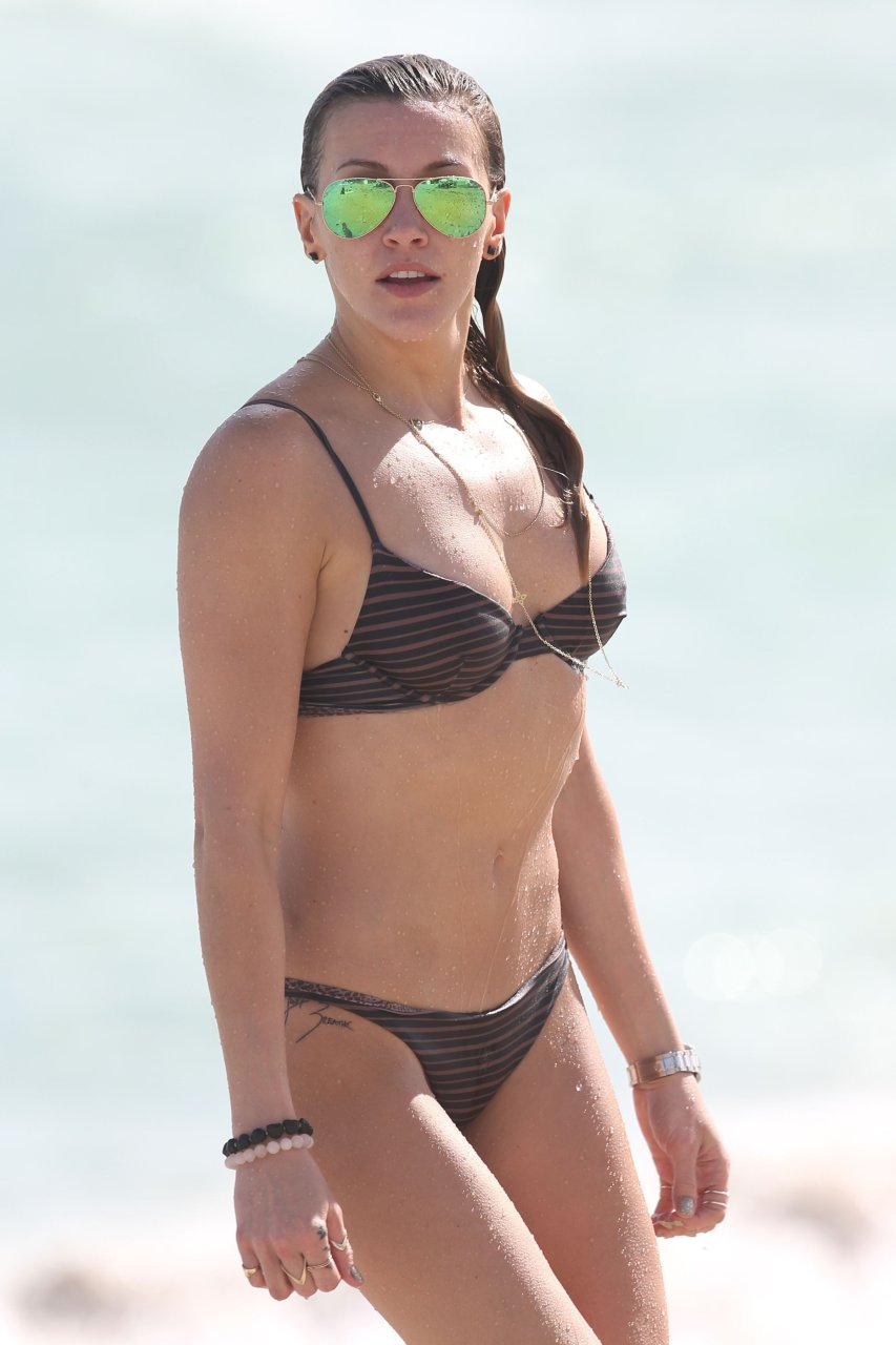 Katie Cassidy Sexy (117 Photos)   #TheFappening