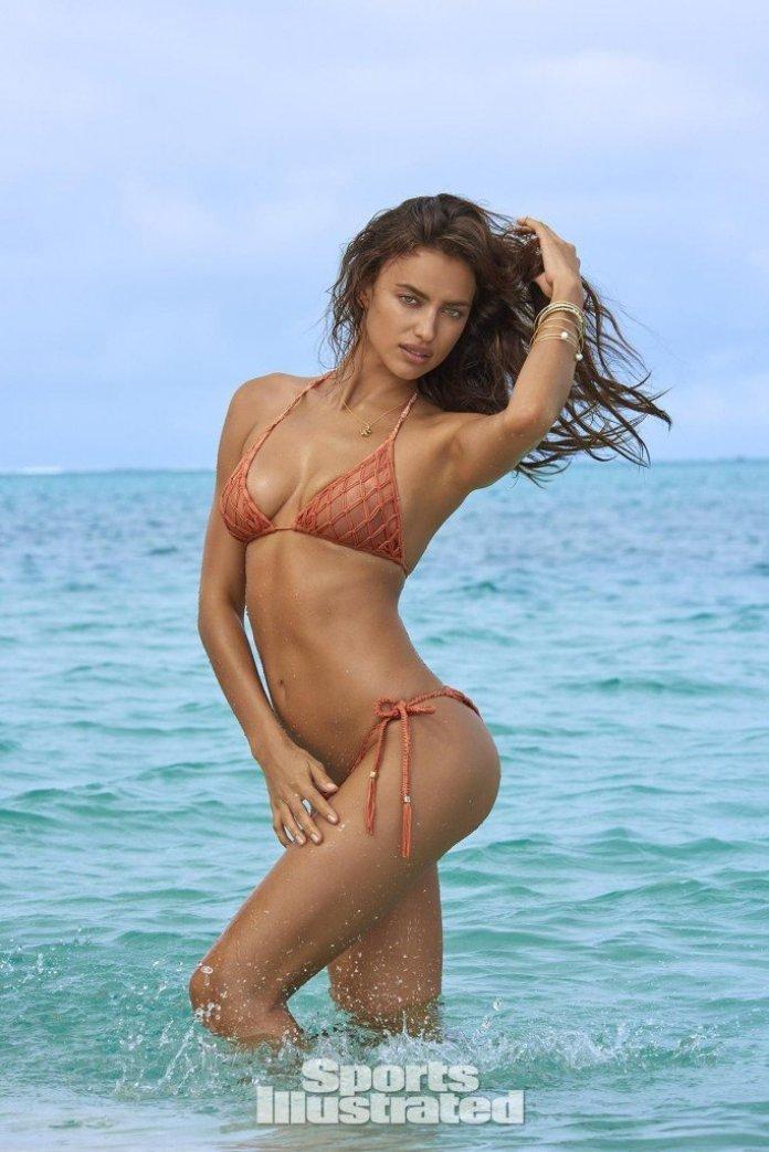Irina-Shayk-Sexy-Topless-16