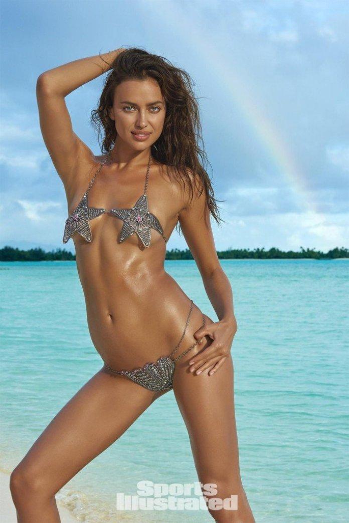 Irina-Shayk-Sexy-Topless-44