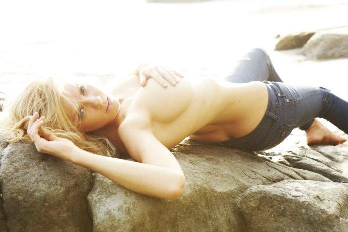 Charlotte McKinney Sexy & Topless 3