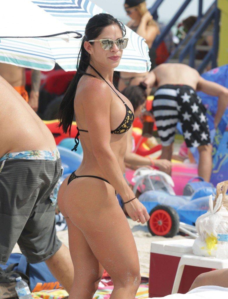 Michelle Lewin Sexy 16