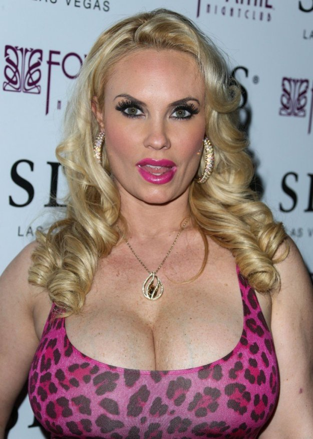 Nicole Coco Austin Cleavage 48
