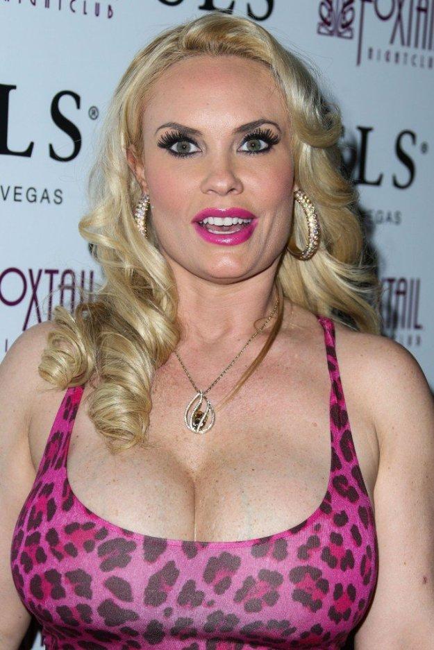 Nicole Coco Austin Cleavage 66