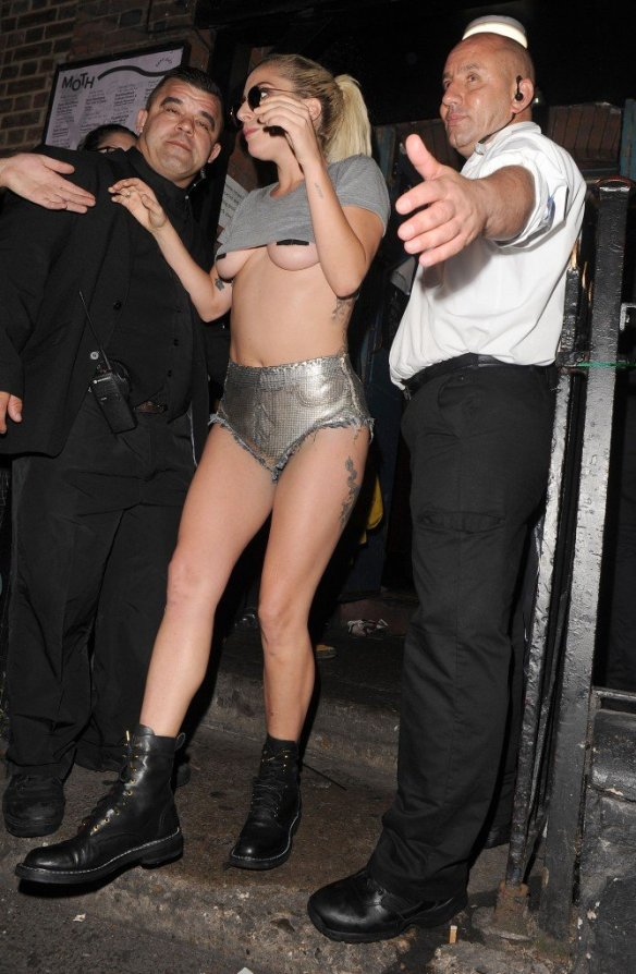 Lady Gaga Underboob thefappening.so-0040