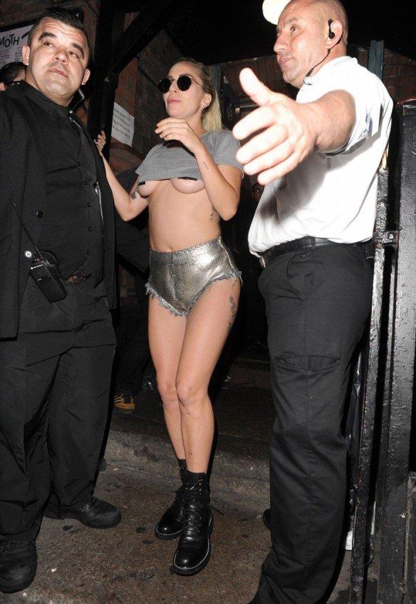 Lady Gaga Underboob thefappening.so-0041