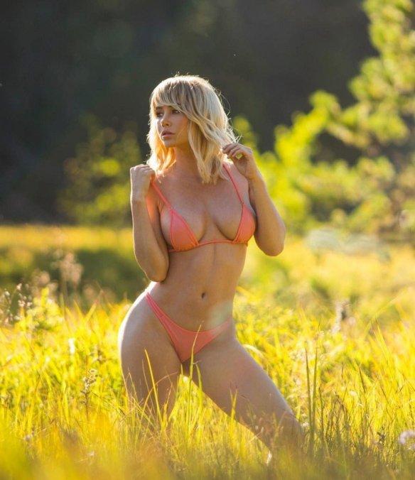 Sara Underwood Sexy 10