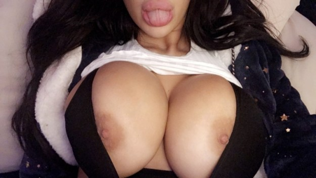 Chloe Khan leaked nude selfies Leaked The Fappening 2019