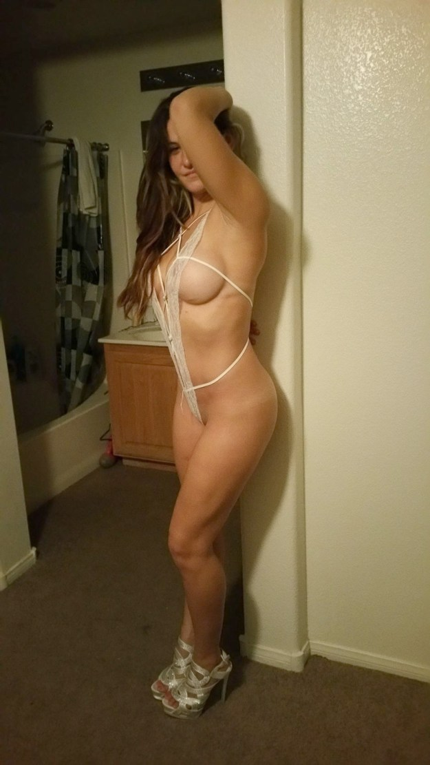UFC champion Miesha Tate nude photos leaked from iCloud The Fappening
