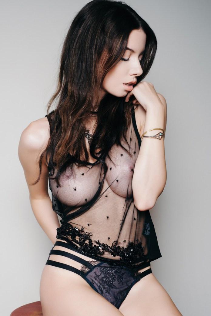 Olivia-Rose-Topless-7