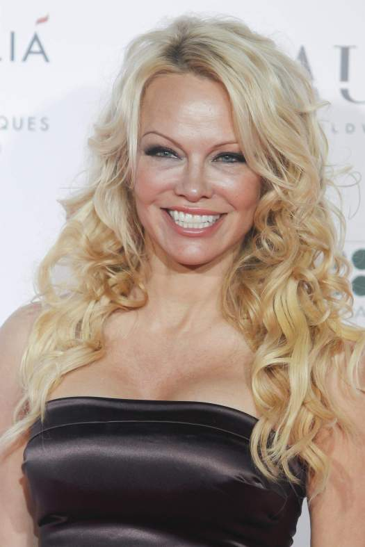 Pamela Anderson Sexy - The Fappening Leaked Photos 2015-2020