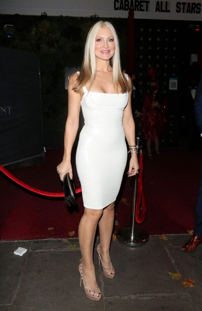 Caprice Bourret Cleavage 2