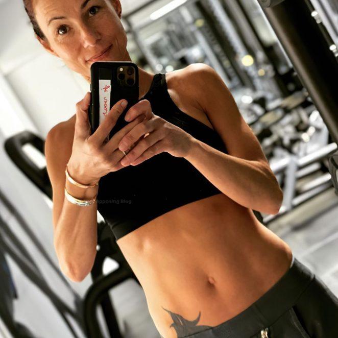 Jennifer Lauret Leaked 8