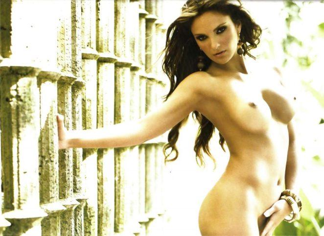 Mariana Seoane Naked 3