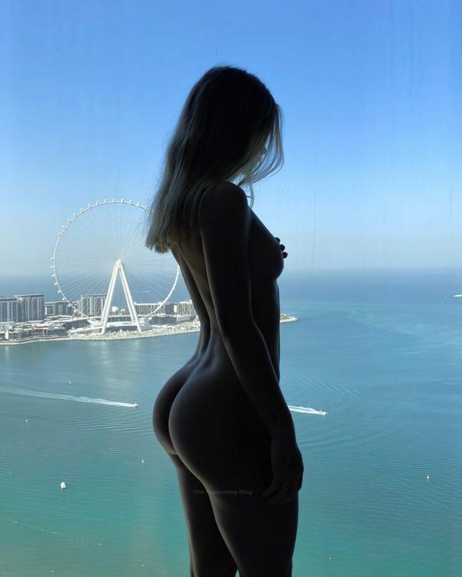 Pauline Tantot Nude 3