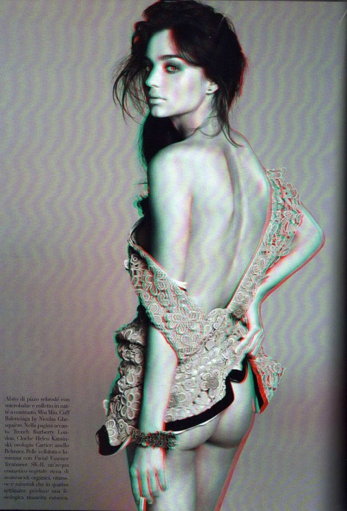 Miranda Kerr Topless in 3D (15 Photos)