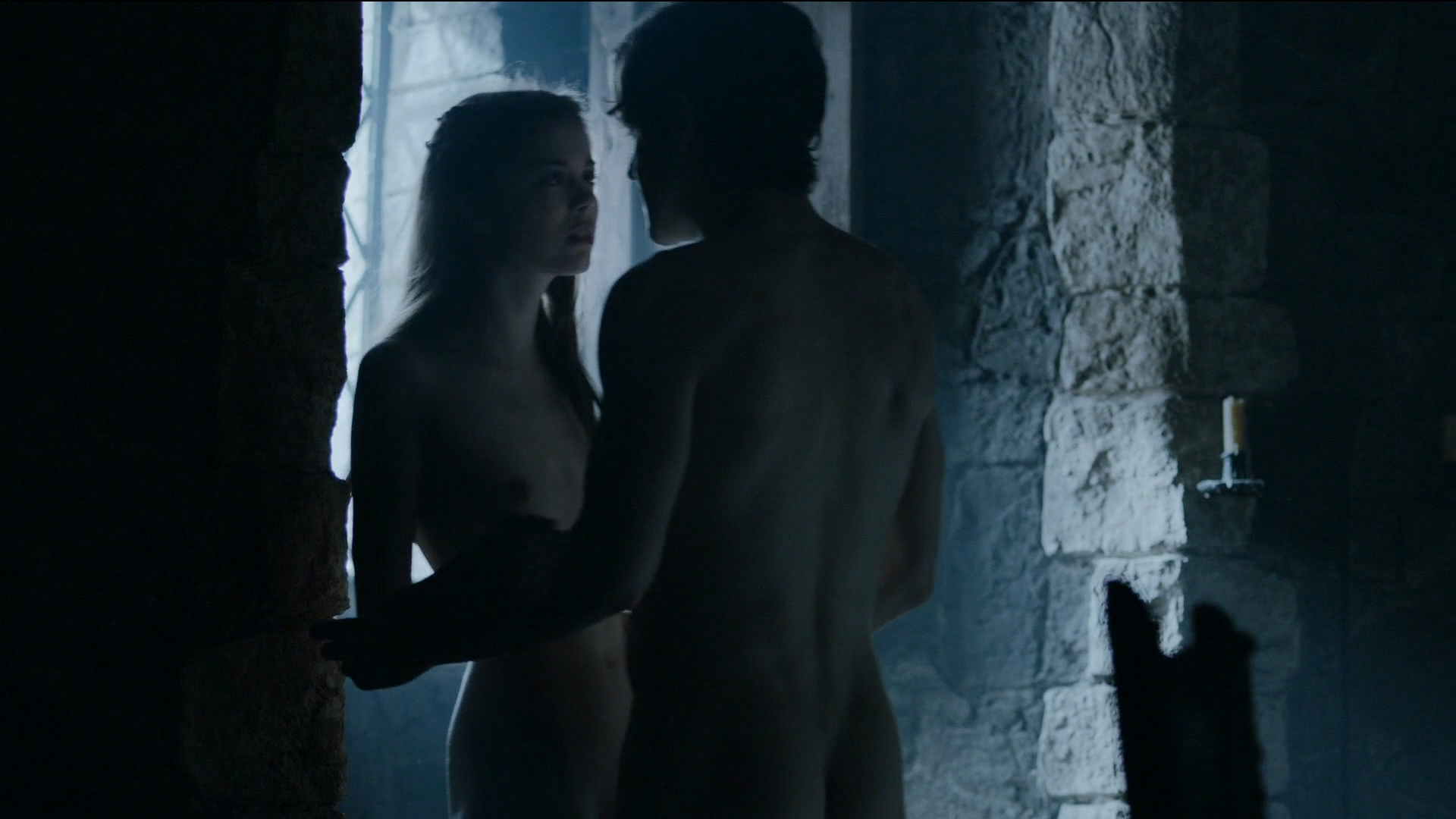 Charlotte Hope Naked (10 Photos + Video)