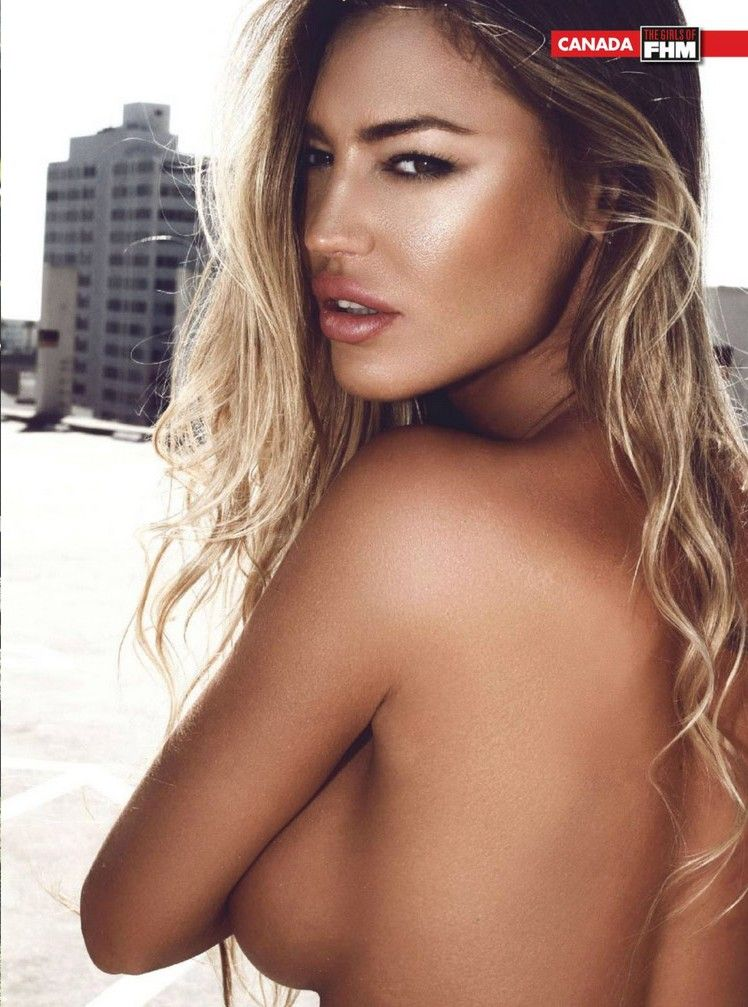 Charlie Riina Sexy (10 Photos)