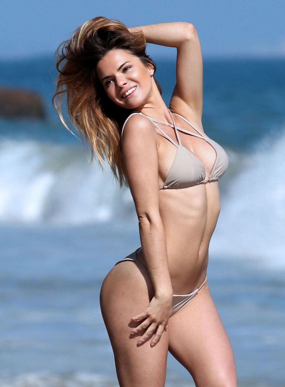 Kaili Thorne in Bikini (39 Photos)