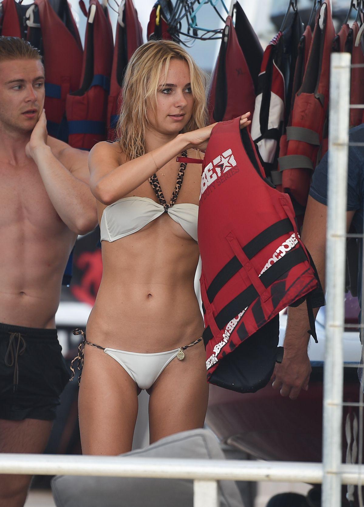 Kimberley Garner in a Bikini (59 Photos)
