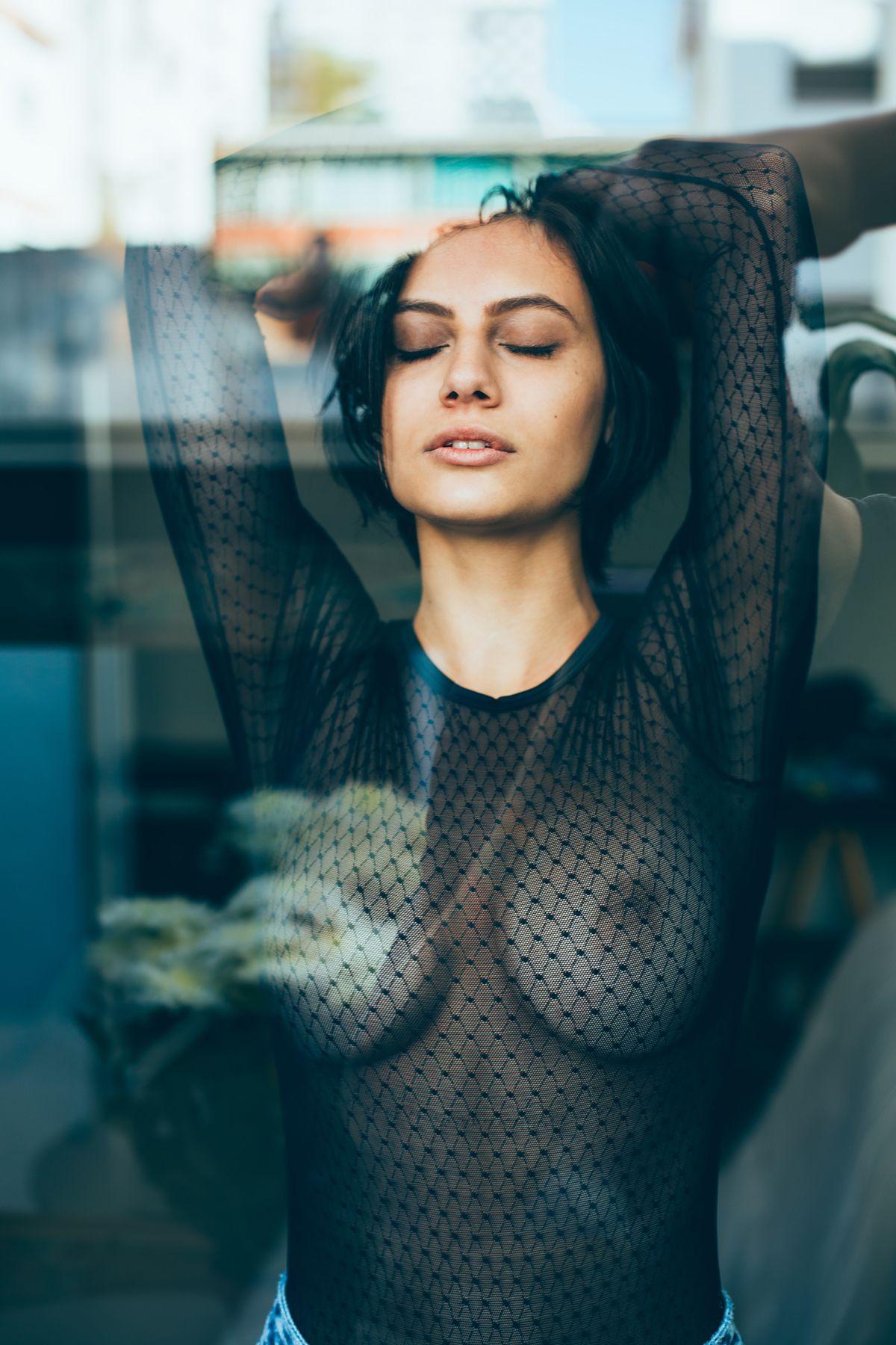 Carol Geremia Topless (8 Photos)