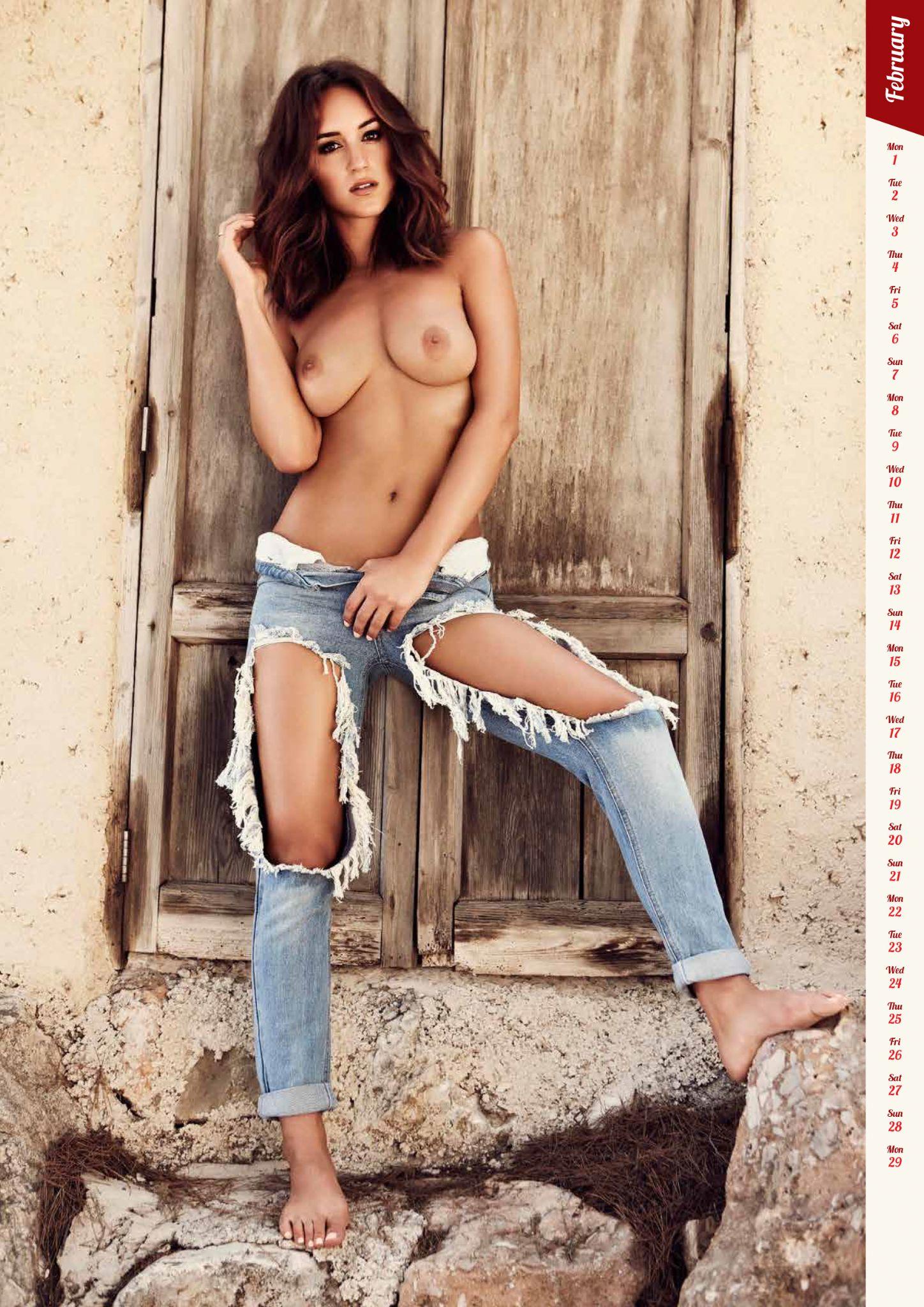 Rosie Jones Sexy & Topless (3 Photo)