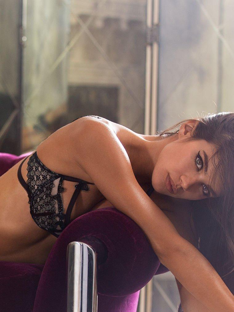 Sara Sampaio Sexy (70 Photos)