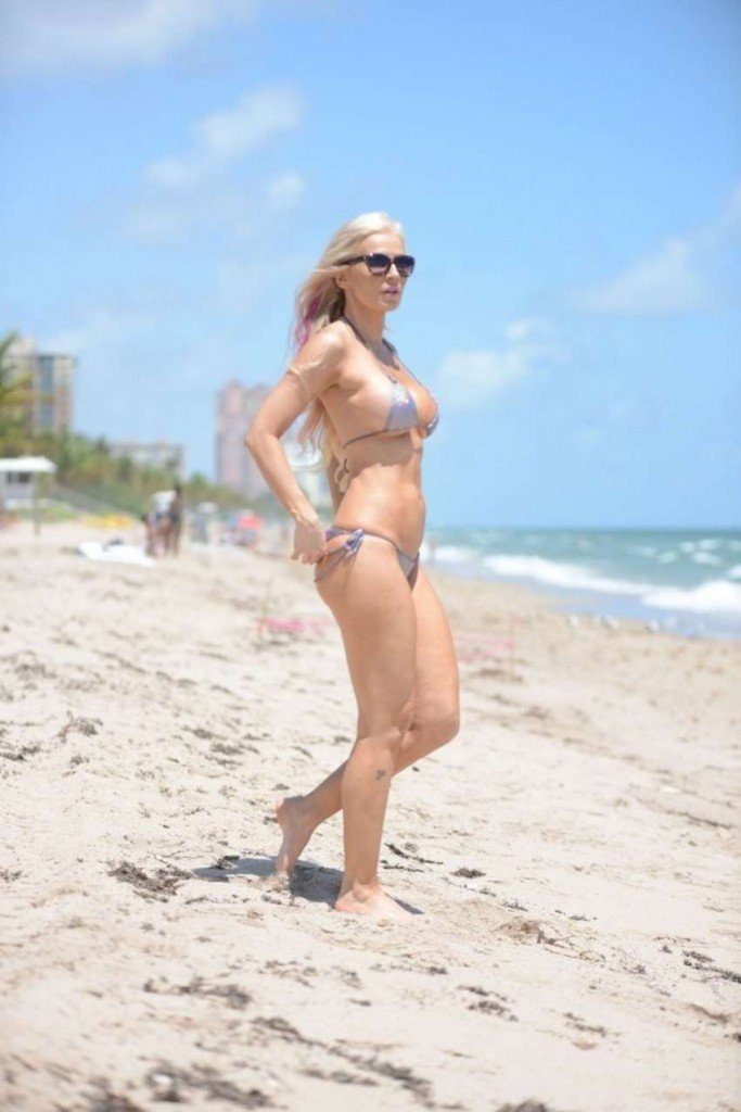 Ana Braga Sexy (39 Photos)