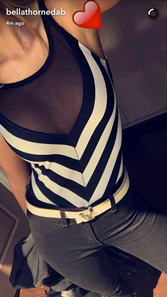 Bella Thorne Selfies (4 Photos)