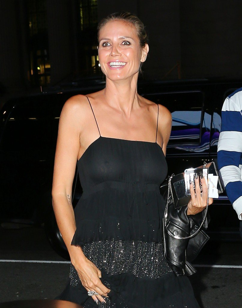 Heidi Klum Braless (13 Photos)