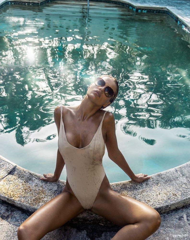 Rachel Mortenson Sexy & Topless (10 Photos)