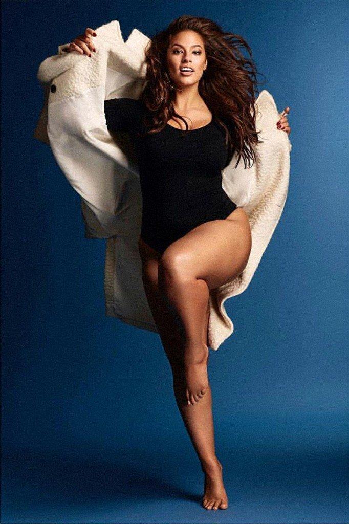 Ashley Graham Nude & Sexy (5 Photos)