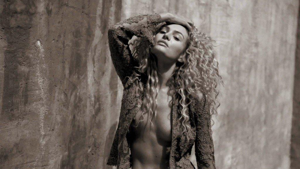 Candice Swanepoel Nude & Sexy (41 Photos + Video)