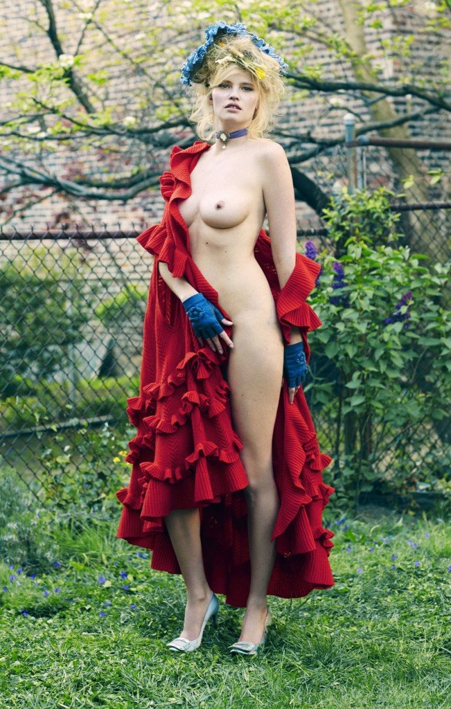 Lara Stone Nude & Sexy (10 Photos)