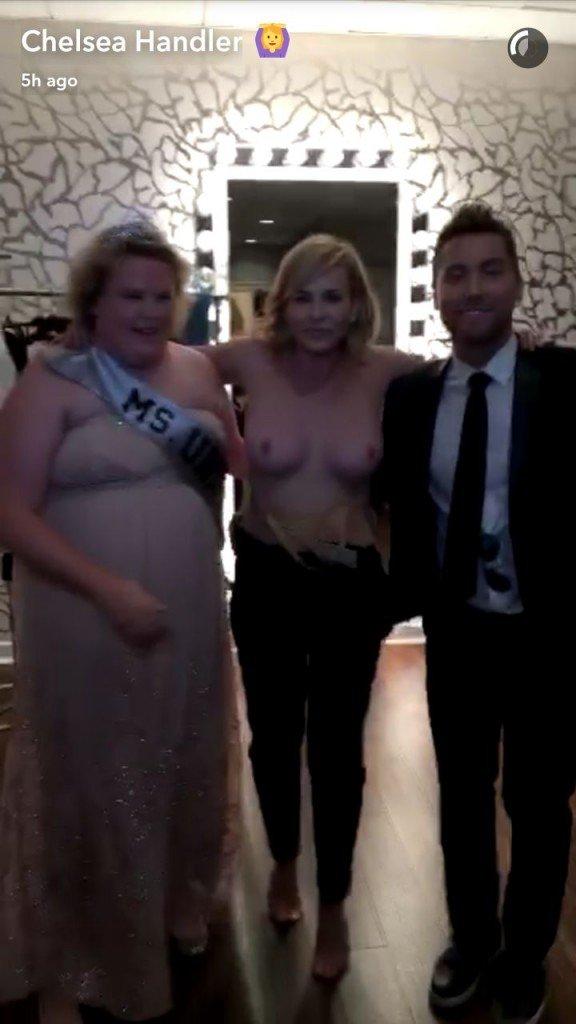 Chelsea Handler Boobs (3 Hot Photos)