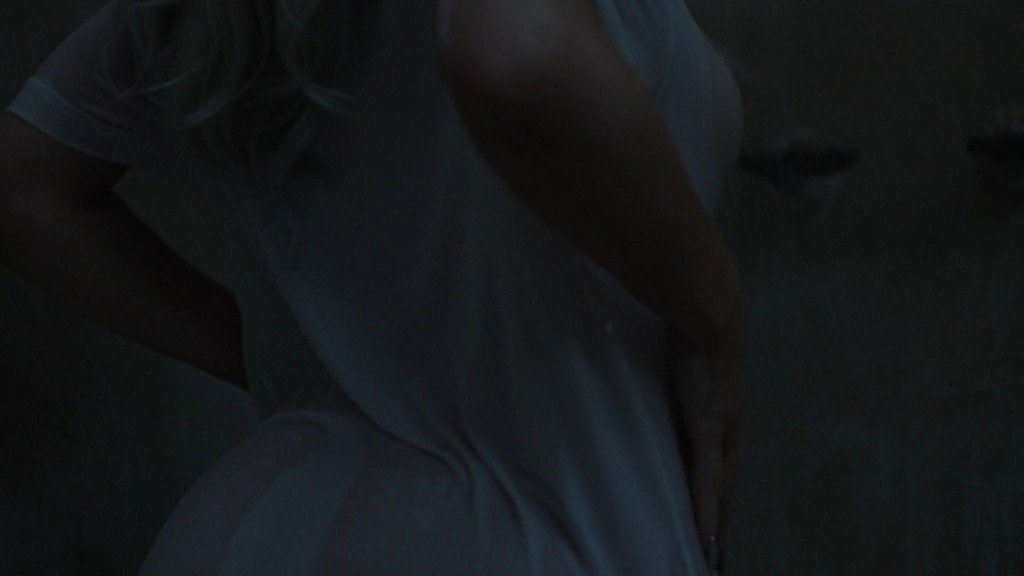 Kylie Jenner Sexy (39 Photos + Video + GIFs)