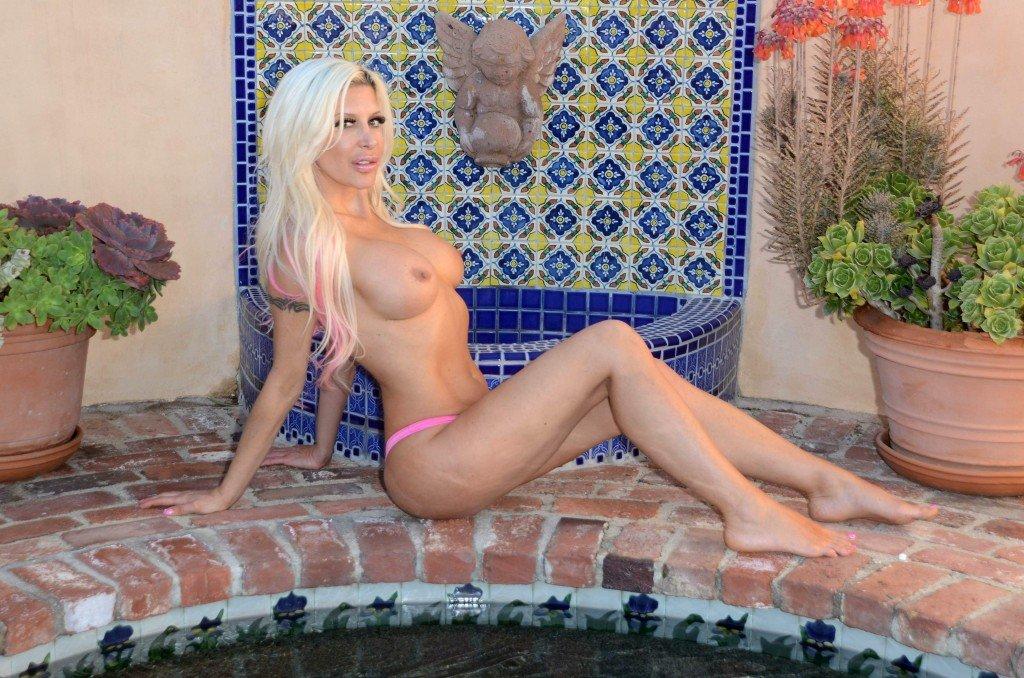 Angelique 'Frenchy' Morgan Sexy & Topless (42 Photos)