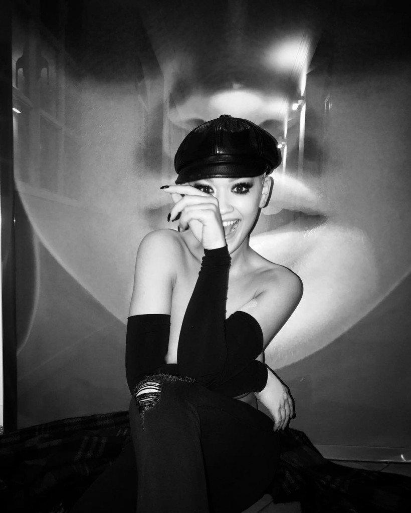 Rita Ora Sexy (7 Photos + 2 GIFs)