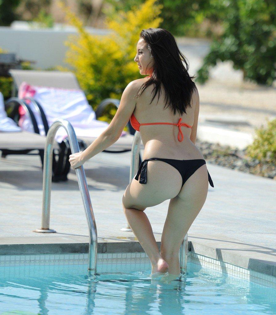 Chloe Goodman Sexy (35 Photos)