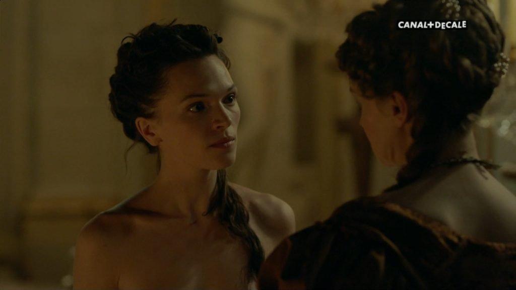 Anna Brewster Nude – Versailles (12 Pics + GIF & Video)